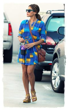 Celebrity Street Style - Eva Mendes stopped by Cristina Radu European Skin Care in Beverly