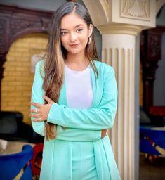 Best women Outfits in 2019 Teen Celebrities, Indian Celebrities, Celebs, Stylish Girl Images, Stylish Girl Pic, Teen Actresses, Indian Actresses, Beast, Girls Run The World