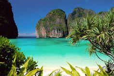 La Monterosso Eventi propone viaggi di nozze 2014, grazie alla collaborazione di importanti agenzie di viaggi e tour operator  Prezzo per coppia € 3.400,00  Maldive 7notti/9giorni  o Bangkok & Koh Samui 8notti/9giorni  per maggiori informazioni potrete contattarmi tramite mail su info@monterossoeventi.com