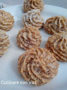 Biscotti Cookies, Almond Cookies, Cake Cookies, Biscuits, Chocolate Chip Granola Bars, Italian Pastries, Italian Cookies, Sweet Cakes, Creative Food