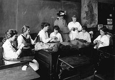 Red Cross knitting projects, St. Paul, USA 1917-18