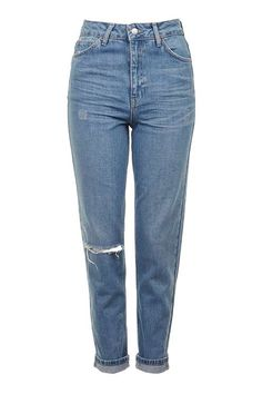 Find perfect-fitting jeans at Topshop. From skinny jeans to stylish high-risers, snap up new season denim now. Topshop Jeans, Topshop Outfit, Noora Style, Trendy Outfits, Cool Outfits, Rip Mom, Bleached Jeans, Stylish Jeans, Blue Ripped Jeans