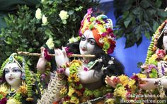 To view Gopinath Close Up Wallpaper of ISKCON Chowpatty in difference sizes visit - http://harekrishnawallpapers.com/sri-gopinath-close-up-wallpaper-008/
