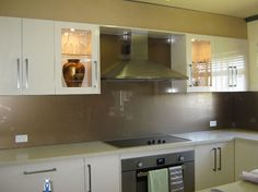 Glass splashback - brown