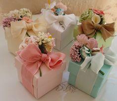Flower Bouquet Favor Boxes