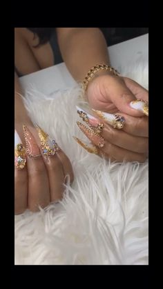 31 Adorable Toe Nail Designs For This Summer - Convenile Glam Nails, Classy Nails, Fancy Nails, Bling Nails, Matte Nails, Beauty Nails, Pretty Nails, Toe Nail Designs, Acrylic Nail Designs