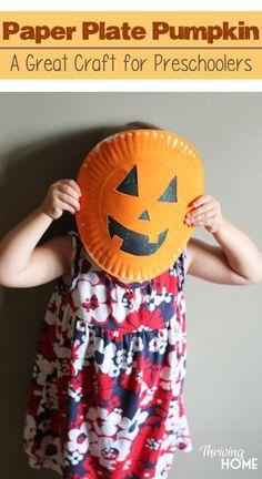 Paper plate pumpkins. Easy Halloween craft to do with preschoolers.