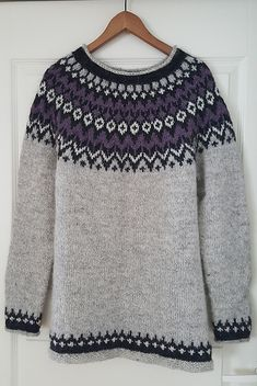 Ravelry: Project Gallery for Riddari pattern by Védís Jónsdóttir Icelandic Sweaters, Knit Sweaters, Comfortable Clothes, Warm And Cozy, Jumpers, Knits, Ravelry, Winter Outfits, Pullover