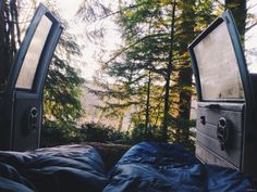 eartheld:  woodsndirt:  +  mostly nature