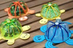 Brinquedo reciclado – tartaruguinha feita com garrafa PET