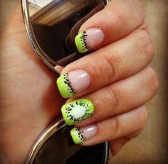 nageldesign motive sommer neon grün kiwi muster