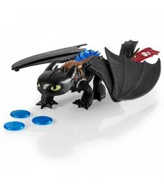 Let dreams take flight with this awesome collection of apparel, books and toys inspired by How to Train Your Dragon—the inspiring, action-packed tale of Hiccup and his pet, Toothless. Toys R Us, Kids Toys, Electronic Toys For Kids, Finger, Toothless Dragon, How To Train Your Dragon, Baby Car Seats, Electronics, Gifts