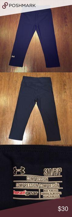 Under Armour HeatGear Legging Capris Worn twice. Under Armour heatgear legging capris. Size small/petite. In great condition Under Armour Pants Leggings