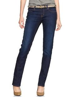 Gap 1969 real straight jeans - you should try this style if you haven't already. good compromise for skinny jeans Flare Leg Jeans, Skinny Jeans, Cool Outfits, Casual Outfits, Dark Wash Jeans, Blue Jeans, Faded Jeans, Women's Jeans, Mom Jeans