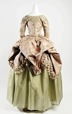 Robe a la polonaise, 1778-80  From the METROPOLITAN MUSEUM OF ART