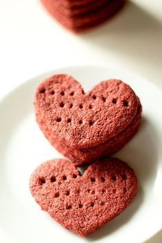 when it's a few days til valentines day, and you're going to make graham crackers, you may as well make them red velvet graham crackers I know, you're probably sick and tired of all the red velvet recipes. I promise, I'm almost done with the red. I've been making these red velvet grahams for valentines day for years. … Valentines Day Book, Valentines Day Activities, Valentines Day Treats, Valentine Day Crafts, Graham Flour, Red Velvet Recipes, Traditional Cakes, Just Cakes, Cake Toppings