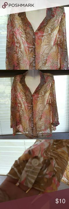 """Summer shear Nice blouse with 3/4 sleeves. 26"""" in length Bust measures 40 Cathy daniels Tops Blouses"""