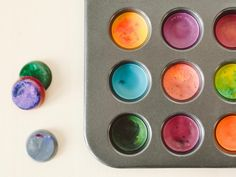 Turn kids' broken crayons into the ultimate stocking stuffer for budding artists. Get our tips for making the colorful disks without trashing your pan.