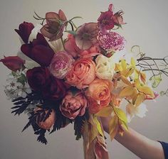 Under the floral spell with this colourful bouquet. @wildbunchflowers