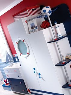 Keşfetmenin keyfi Denizci Çocuk Odası'nda!