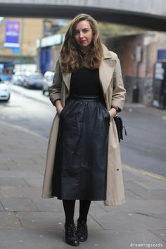 How to wear a long leather skirt