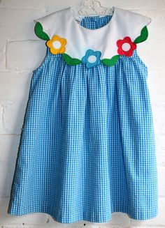 Delightful Vintage girls summer dress with Peter Pan collar, beautiful old fashioned super sweet little girls dress in blue and white check