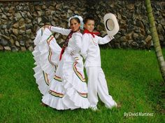 Central America, North America, World Thinking Day, Hispanic Heritage, Tiered Skirts, Dress Images, American Country, Poses, 15 Dresses