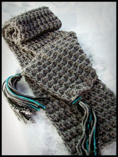 Trinity Scarf Pattern Materials: * one skein of worsted weight yarn ish yards for average scarf, more for longer length) I used I Love. Crochet Scarves, Crochet Shawl, Crochet Stitches, Free Crochet, Knit Crochet, Knitting Patterns Free, Free Pattern, Crochet Patterns, Crochet Buttons