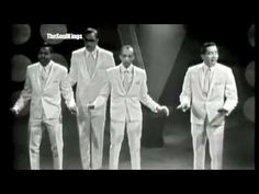 Memories of the old days: Smokey Robinson and the Miracles - The Tracks Of My Tears Live Soul Music, Sound Of Music, Listening To Music, Trailer Peliculas, Smokey Robinson, 60s Music, Trailers, Music Heals, Uou Tube
