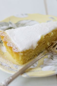 lemon, olive oil & ricotta cake with lemon glaze | a cup of mascarpone