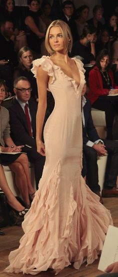 Ralph Lauren gown inspired top - Only one piece size 4. Ships worldwide. Mother's day sale. BNWT!