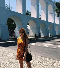 Ariana Nunes (@arianasnunees) • Fotos e vídeos do Instagram  Ruiva, fashion, vestidos, dress, summer, verão, rio de janeiro, arco da lapa, lapa, red, red head, red hair, sunglasses, óculos de sol, bolsas