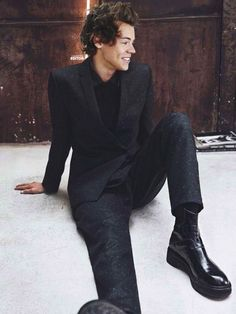 """justdropithere: """" Jordy Baan by Lachlan Bailey - Emporio Armani, Campaign """" Jordy Baan, Beautiful Men, Beautiful People, Harry 1d, Harry Styles Pictures, Harry Styles Facts, Harry Styles Imagines, Mr Style, Harry Styles Wallpaper"""