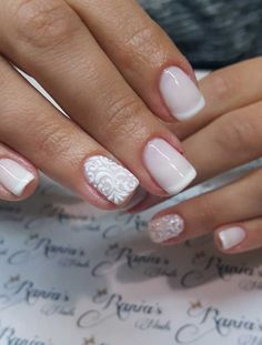 Νυφικά νύχια: Γαλλικό με σχέδια και strass. Sparkle Nails, Fun Nails, Bride Makeup, Hair Makeup, Bride Nails, Short Nail Designs, Fingerprints, French Nails, Short Nails