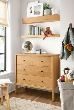 Our Emerson kids dresser is expertly crafted in Northern Wisconsin from sustainable domestic wood. The clean lines and sturdy construction form a classic look. Entryway Furniture, New Furniture, Bedroom Furniture, Kitchen Furniture, Furniture Makeover, Six Drawer Dresser, Dresser As Nightstand, Dressers, Ottoman In Living Room