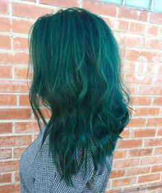 My new green hair!! always busy doing everyone else's hair that I never do my own lol