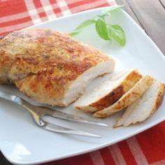 Juicy Baked Chicken Breast | 1/2 teaspoon kosher salt 1/4 teaspoon Freshly ground black pepper 1/4 teaspoon garlic powder 1/4 teaspoon onion powder 1/4 teaspoon dried oregano 1/4 teaspoon paprika