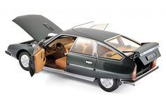 Norev - Schaal 1/18 - Citroën CX 2200 Pallas 1976 - Groen metallic  1/18 Schaal Citroen CX 2200 Pallas 1976 Kleur: Groen metallcWordt geleverd in nieuwstaat in de originele verpakking. Alle deuren etc. kunnen worden geopend bij dit model.Fabrikant: NorevAl onze producten worden zorgvuldig verpakt en verzonden met traceer informatie.  EUR 20.00  Meer informatie