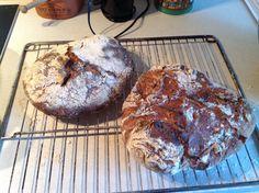 """Mit første forsøg med biga, efter bogen """"water, flour, yeast and salt"""", meget bøvl i ft smagen, men flotte brød blev det til"""