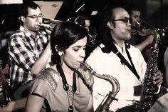 No próximo dia 14, o grupo SP Jazz Big Band se apresentará no Boutique Vintage Brechó&Bar às 21h. A entrada é Catraca Livre.