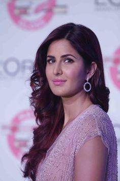 Sonam Kapoor Or Katrina Kaif: Who Stole The Show?