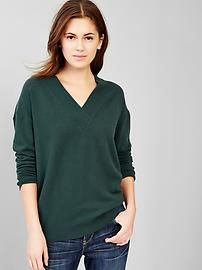 Brooklyn V-neck sweater