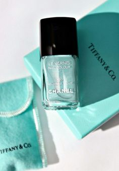 Because if you can't afford the real Tiffany & Co. Diamond at least you can wear it on your nails to remind you... One day.