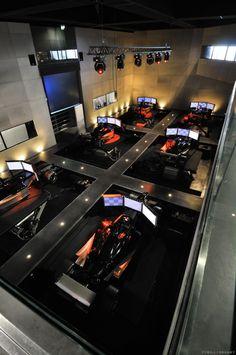 I-WAY, amazing motor racing simulator in Lyon (France)