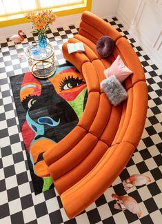 Kare Sofa, Dream Home Design, House Design, Retro Interior Design, Interior Ideas, Aesthetic Room Decor, Kare Design, Deco Design, Dream Rooms