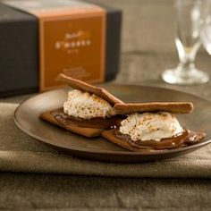 Smores kit: 9 handmade Vanilla Bean Marshmallows, 8 Recchiuti Grahams and a Bittersweet 85% Chocolate Bar. $23