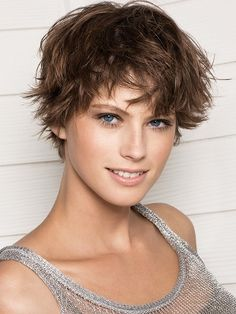 7 Desirable Clever Tips: Unique Everyday Hairstyles messy hairstyles with bangs.Messy Hairstyles With Bangs. Short Messy Haircuts, Short Choppy Hair, Messy Short Hair, Popular Short Hairstyles, Short Hair With Bangs, Short Hair With Layers, Cute Hairstyles For Short Hair, Short Hair Cuts For Women, Pixie Hairstyles