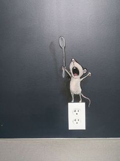 Somebody should manyfacture a decal for walls like this...cute  A mouse that roars!