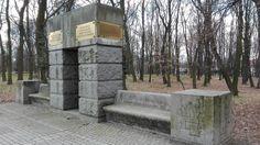 Pomnik Ofiar Wojny na terenie Parku Leśnego w Głogowie