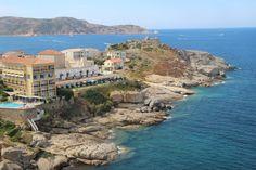 De l'Ile rousse à Calvi, il n'y a qu'un pas. 30 minutes de train pour être précis. Ma découverte de la Corse ne fait que commencer.
